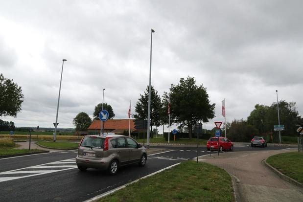 Rotonde Kemmelseweg in Voormezele is opnieuw open voor alle verkeer