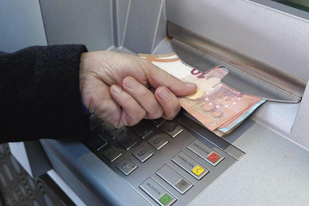 Un service universel au 1er janvier dans les banques