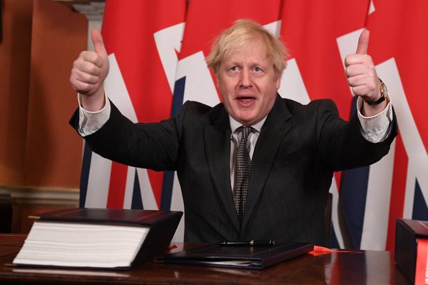 Brits parlement keurt brexit-handelsakkoord met overweldigende meerderheid goed