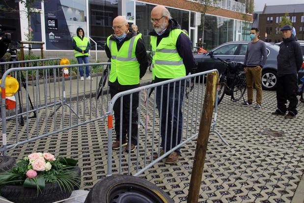 Burgemeester Zwevegem rijdt mee met protestrit fietsersbond
