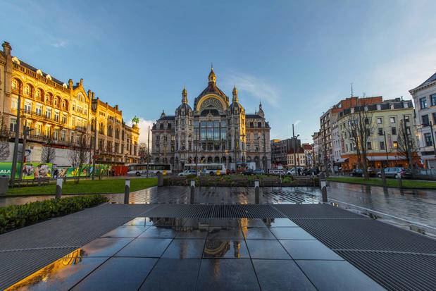 Toeristische gids '111 plekken in Antwerpen die je gezien moet hebben' voorgesteld