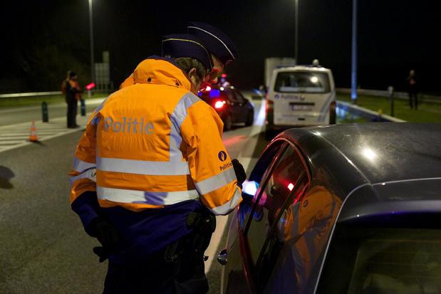 Duo met drugs geklist in auto tijdens coronacontrole in Kortrijk