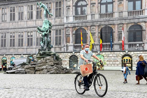 Expertengroep bevreesd voor te strenge mondmaskerplicht, ook in Antwerpen: 'Kan onnodige weerstand creëren'