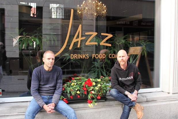 """Kortrijk is met 'Jazz' een nieuw eetcafé rijker: """"Zelfs met computerhoek"""""""