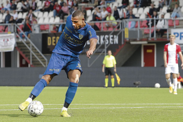 Georgios Giakoumakis - club: VVV-Venlo