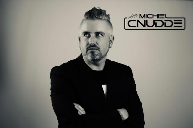 DJ Michiel Cnudde wil vanavond via livestream kinderen aan het dansen brengen