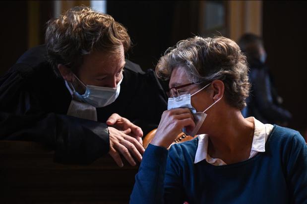 """France: l'anesthésiste belge admet que son alcoolisme était """"incompatible"""" avec son métier"""