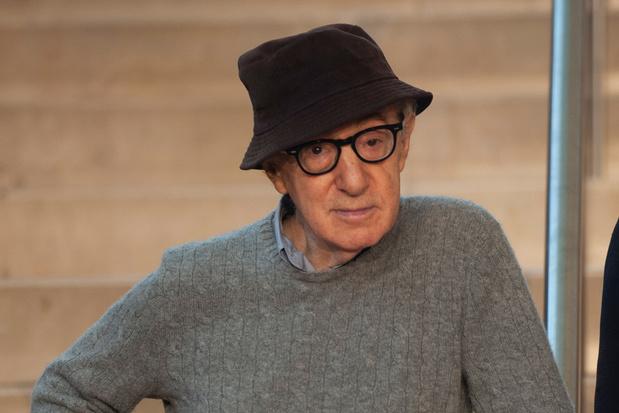 Woody Allen spaart zichzelf niet in autobiografie 'À Propos'