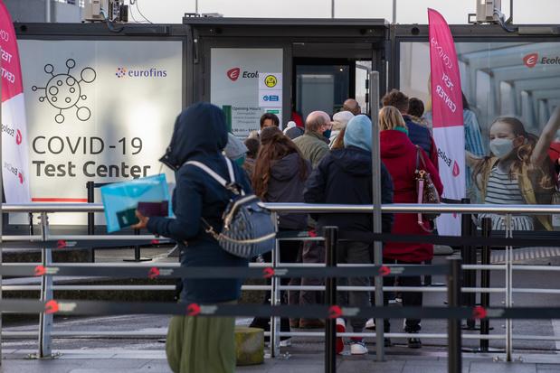 Minister corrigeert zichzelf: dan toch geen tijdelijke werkloosheid voor terugkerende reizigers