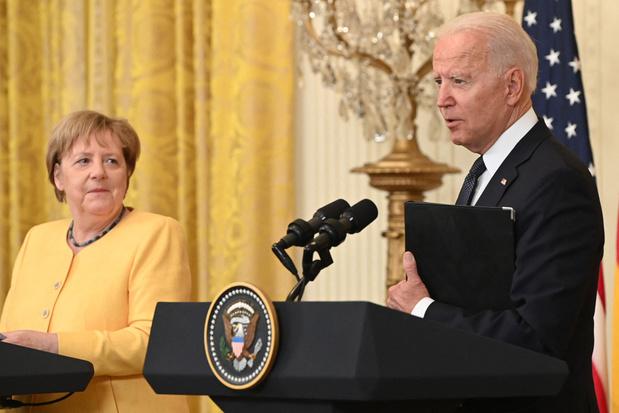 'Met haar pijplijndeal zet Angela Merkel de EU voor het blok'