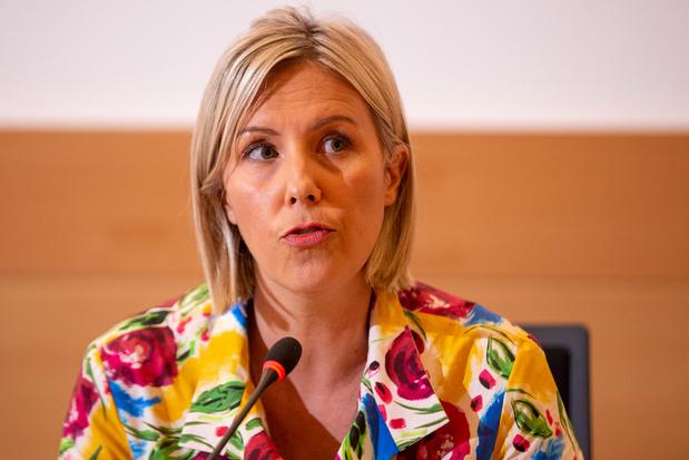 'Begrijpt minister Dedonder haar eigen departement?'