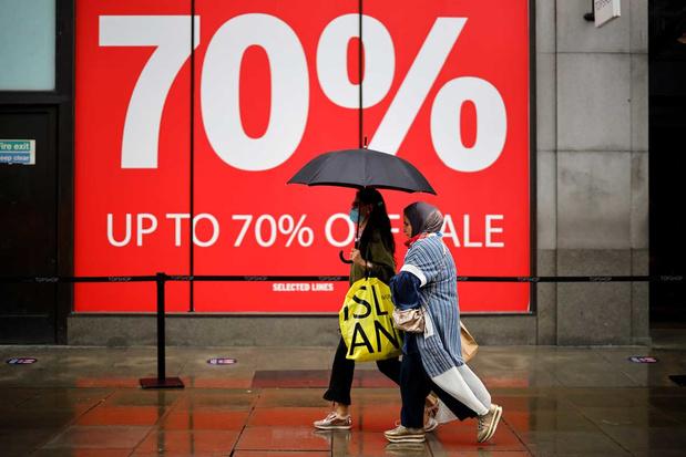 'Covidcrisis is nog niet overgewaaid, maar de consument mag de Britse economie weer vlot trekken'