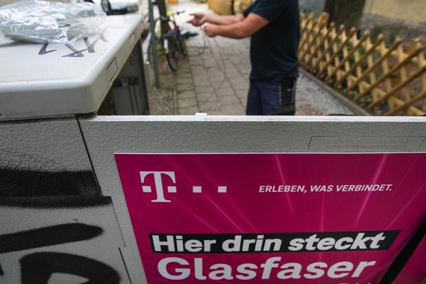 Ophef in telecomland: Deutsche Telekom doet Nederlandse dochter van de hand