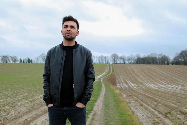 """Matthias Vergels scoort met '2' zijn vierde Top 10-hit : """"In de voorbije weken leerde ik mij beter kennen"""""""