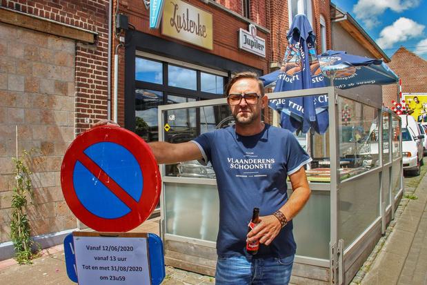 Vast terras café 't Lusterke moet weg maar uitbater geeft de strijd niet op