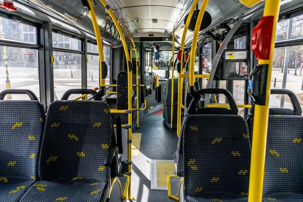 'Vlaamse regering zal moeten bewijzen dat privatisering van De Lijn beter is dan publiek openbaar vervoer'