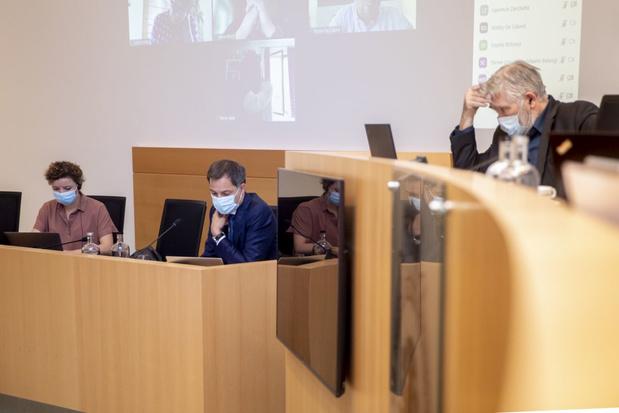 Dossier van Ihsane Haouach: De Croo en Schlitz opnieuw naar de Kamer geroepen