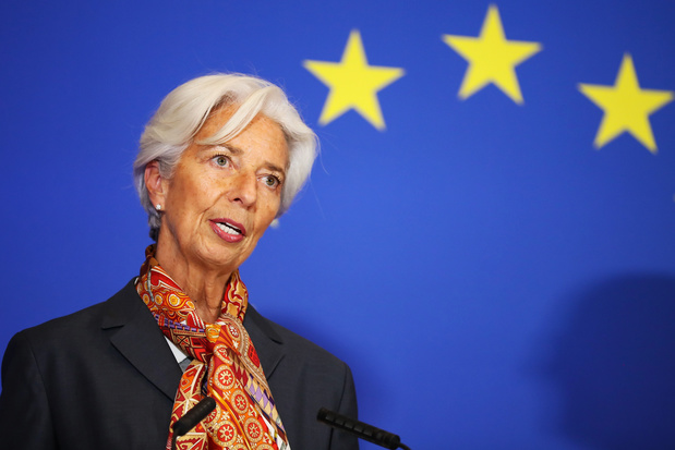Expert openbare financiën Herman Matthijs: 'Geef elke eurozoneburger een cheque van 3000 euro'