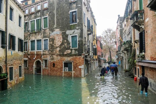 Zeker al een miljard euro schade door overstromingen in Venetië