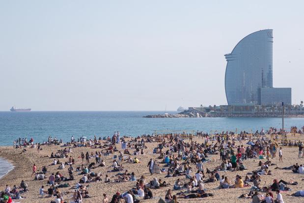 De stranden bij Barcelona brokkelen alsmaar verder af: zijn ze nog te redden?