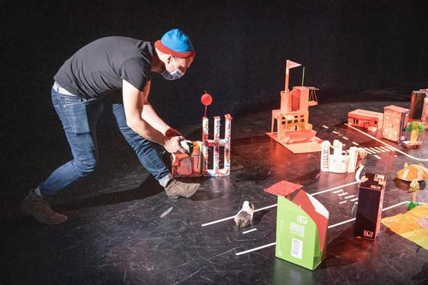 Theater Antigone zorgt voor gezellige 'Kunstendag voor Kinderen' in Kortrijk