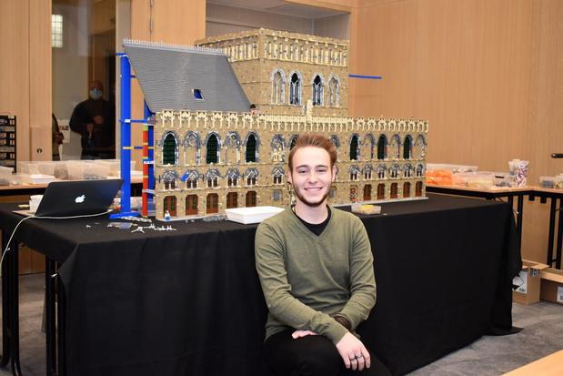Legomaster Corneel Clarys heeft iconisch werk praktisch klaar