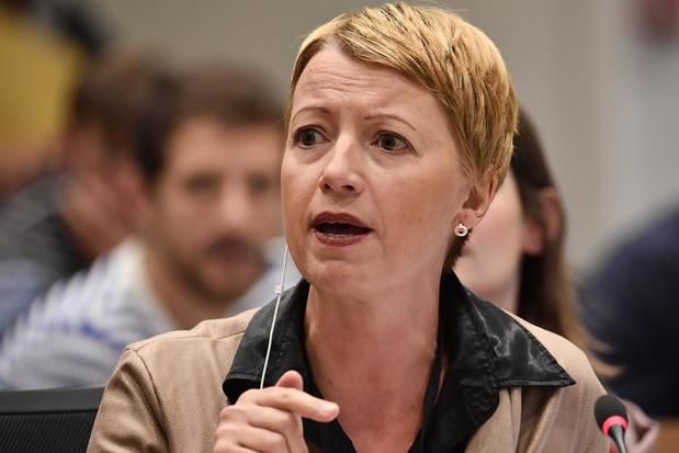 """""""Je suis consternée de devoir constater que de nombreux ministres et politiques utilisent les experts et les soignants comme des boucs-émissaires"""""""