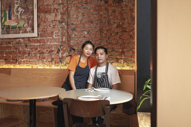 Het favoriete kookboek van Mico en Jon-chef Jonathan Leung Hoi Yat? 'Een collector's item uit 1990'