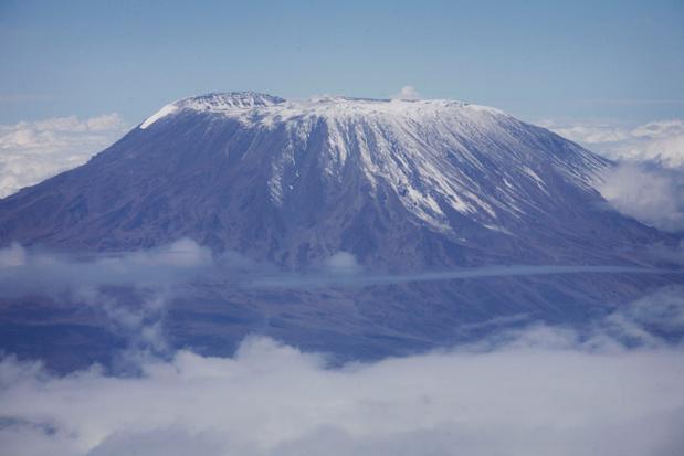 Top van de Kilimanjaro staat in brand