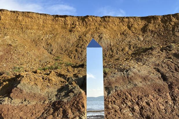 Ook mysterieuze monoliet op Isle of Wight verschenen