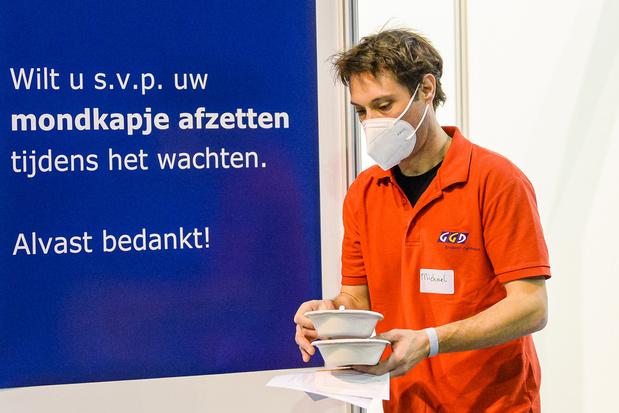 'De facto zijn er twee aparte corona-epidemieën', zeggen Nederlandse experten