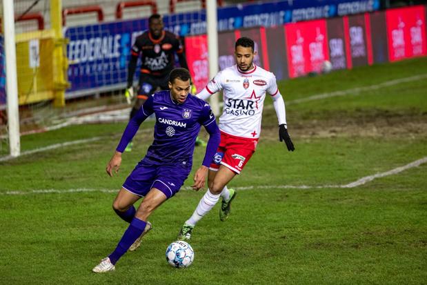 Anderlecht pakt in extremis punt in Moeskroen