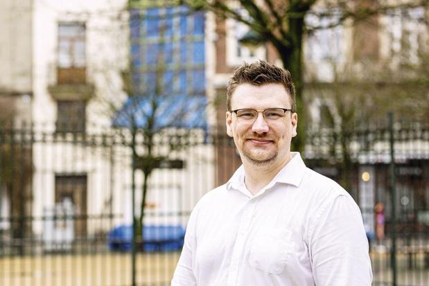 Jago Kosolosky wordt de nieuwe hoofdredacteur van MO*