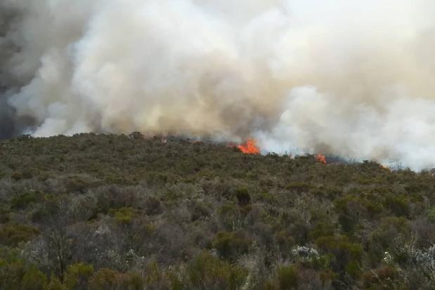 Brand op Kilimanjaro wordt groter