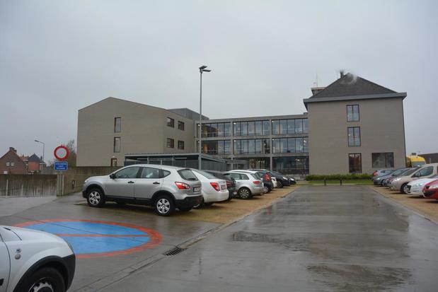 Corona-maatregelen in Oostrozebeke: activiteiten afgelast, sportcentrum Mandelmeersen dicht