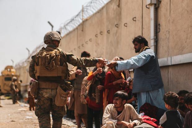 België stuurt extra militairen naar luchthaven Kaboel en Islamabad