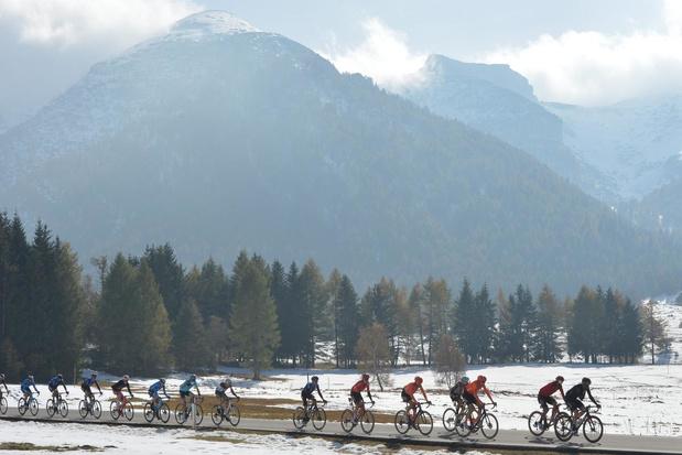 Dagboek uit de Giro - dag 18: het peloton zit vol met klussers en verzekeraars