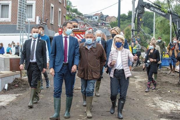 """Inondations, un mois après: """"Nous avons été abandonnés. Tous"""""""