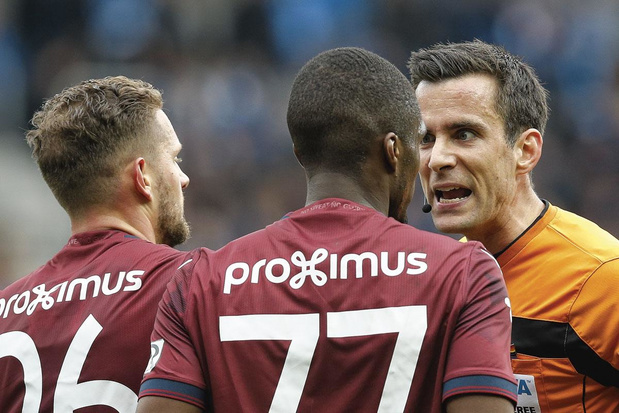 L'UEFA ne croit plus en nos arbitres