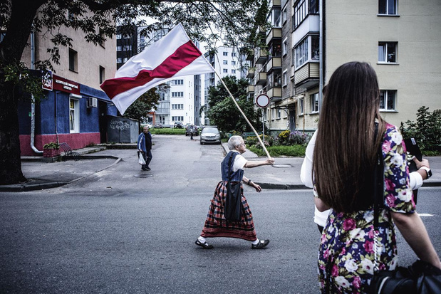 73-jarige 'heldin' in Wit-Rusland opgepakt: 'Waarvoor zou ik bang moeten zijn?'