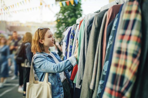 Tweedehands kledij is booming business: wegwijs in een versnipperde markt