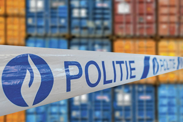 Anvers cadenasse ses conteneurs pour éviter les trafics de drogue
