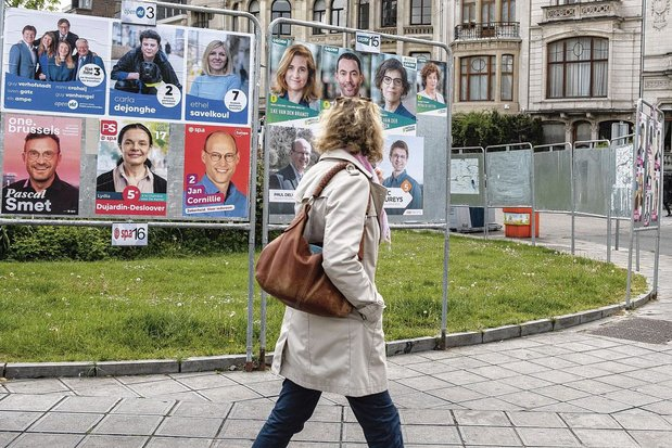 Plus de 70 millions d'euros de dotations publiques: les partis renflouent leur cagnotte