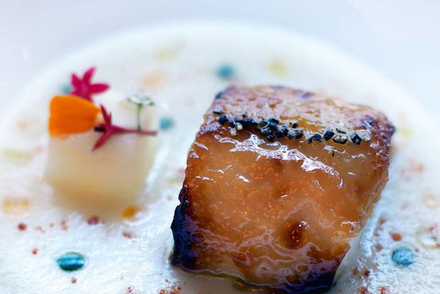Gelakte eend met specerijen en raapjesroom