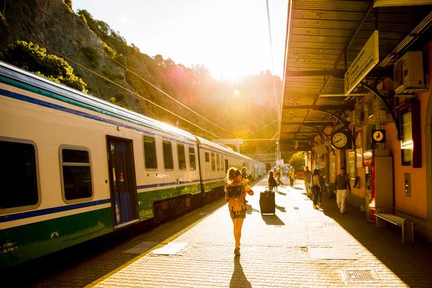 'Er is geen trein waarop ik niet wil springen, geen avontuur dat ik niet in de lucht voel hangen'