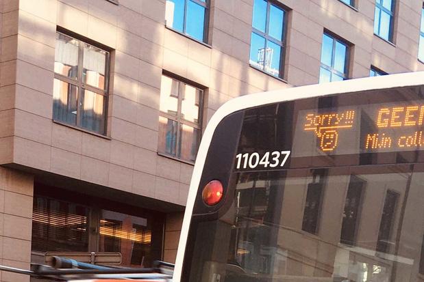 'Stap niet op een overvolle bus: hoe je die raad moet opvolgen, is een groot raadsel'