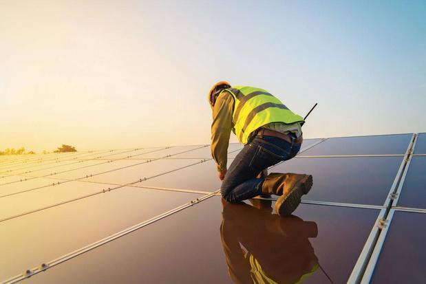 'Nee, mevrouw Khattabi, wij hoeven niet rijk te worden van onze zonnepanelen'