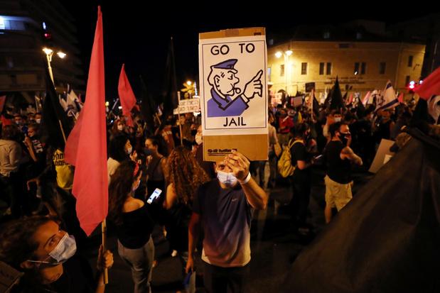 Duizenden Israëli's demonstreren tegen Netanyahu