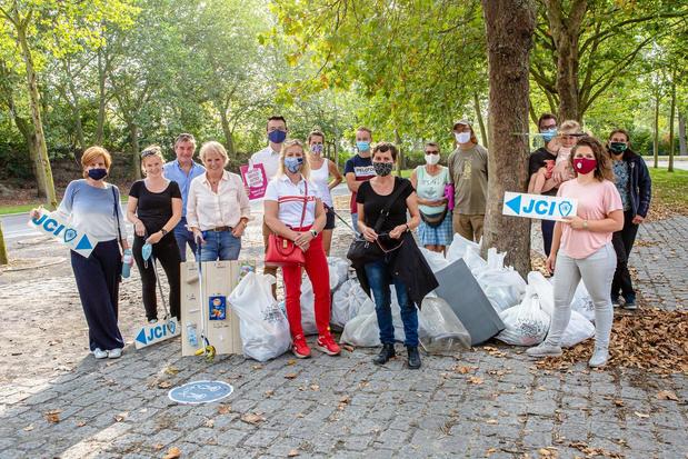 Brugge lanceert app voor vrijwillige afvalophalers