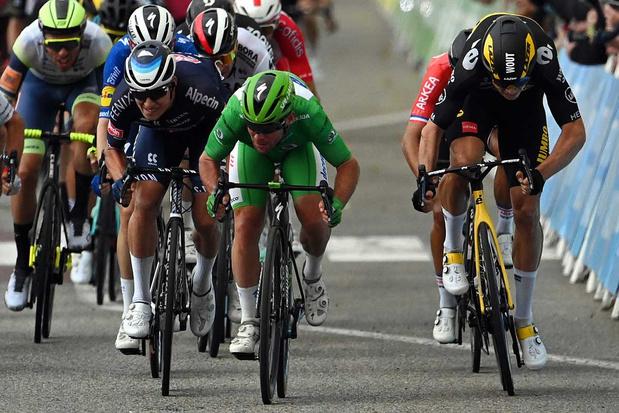 Mark Cavendish blijft voor derde ritzege Wout van Aert en Jasper Philipsen voor